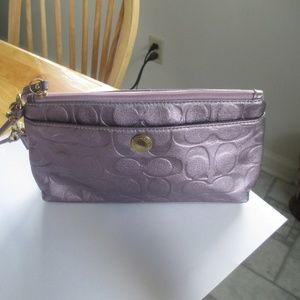 Authentic Coach purple lilac wristlet new large